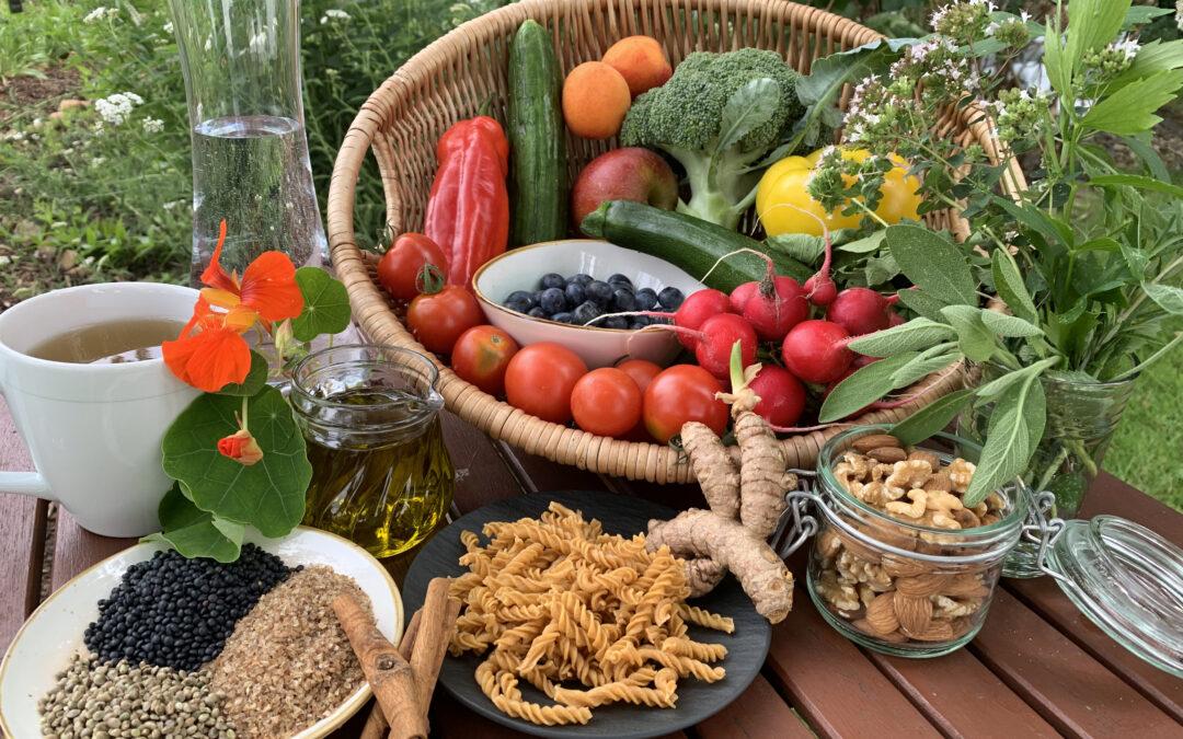 Was muss ich bei der Ernährung im Alter beachten?